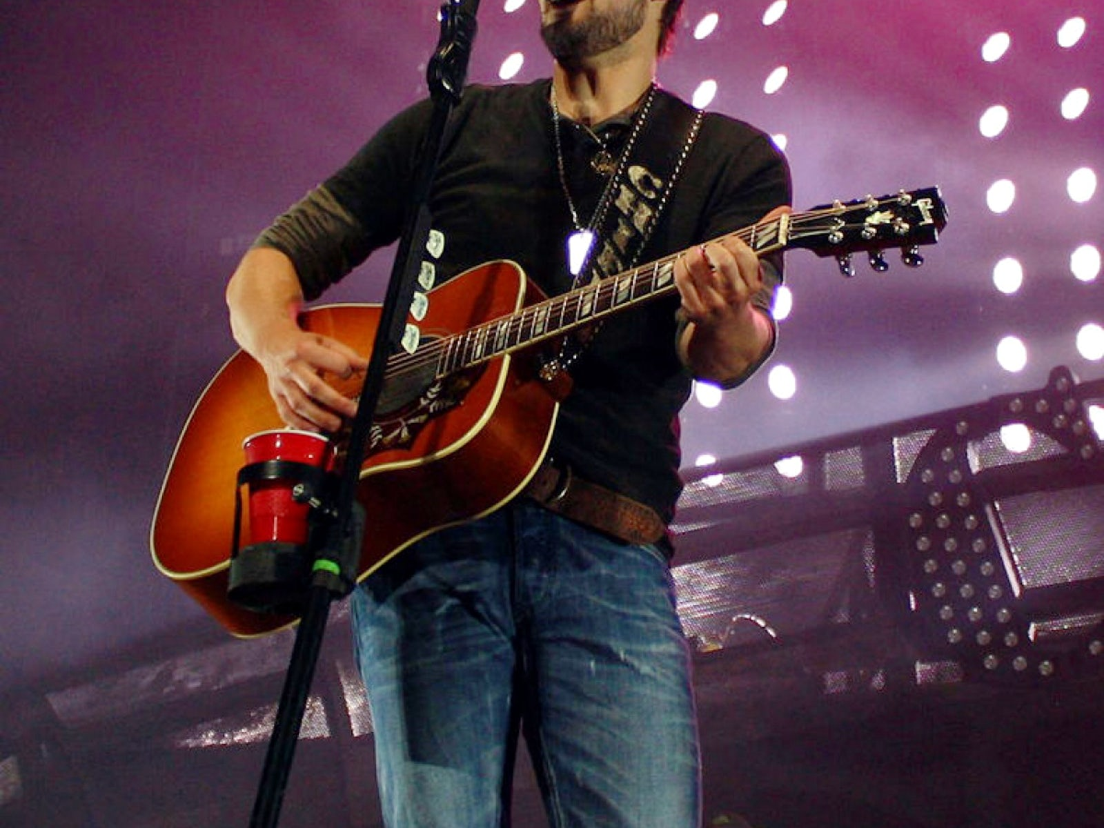 eric church to release new 39 desperate man 39 album reality tv world. Black Bedroom Furniture Sets. Home Design Ideas