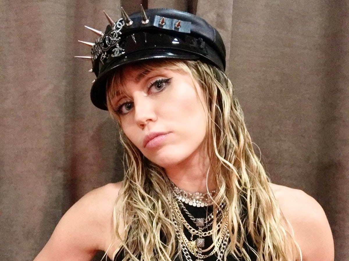 Miley Cyrus Cozies Up To New Beau Cody Simpson In The Hospital